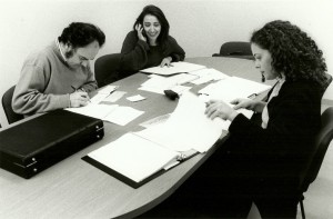 15. El equipo de producción y promoción Ferran Catalá, Ester Alabor y Gemma Peris