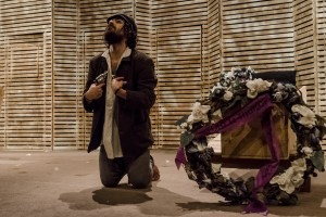 2017 El suïcida (64)